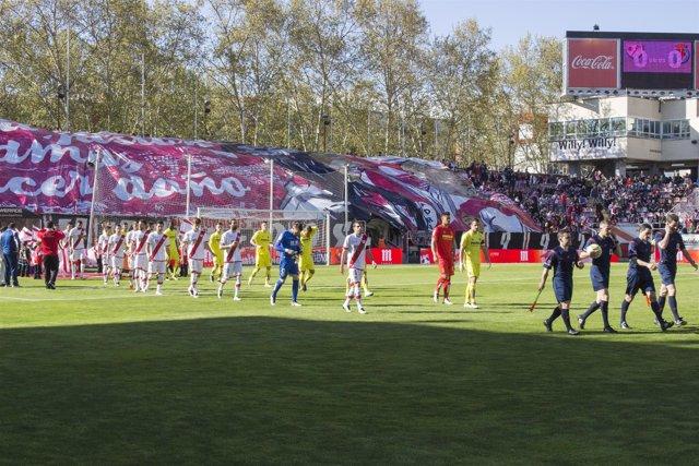 Salida jugadores del Rayo Vallecano y Villarreal
