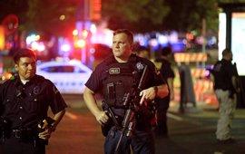 """La Policía asegura que la """"emboscada"""" en Dallas estaba """"planeada"""""""