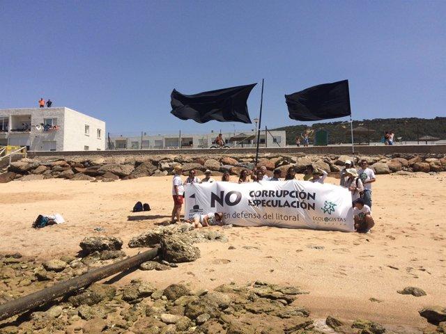 Colocación De Bandera Negra En Caños De Meca. 9 Julio 2016
