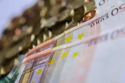 El Tesoro coloca 4.917 millones en letras y profundiza en los tipos negativos