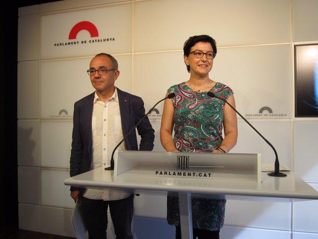 Los portavoces J.Coscubiela (SíQueEsPot) y E.Granados (PSC)