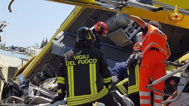 Al menos once personas han muerto en un accidente de tren en el norte de Italia