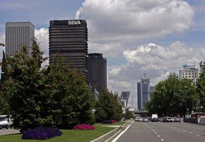 La inversión en edificios de oficinas cae un 27% por la incertidumbre y la menor actividad de socimis