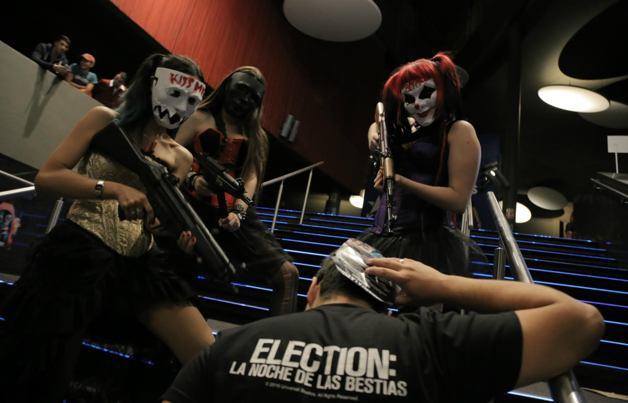 Election: La noches de las bestias, así se vive una noche de Purga en primera persona