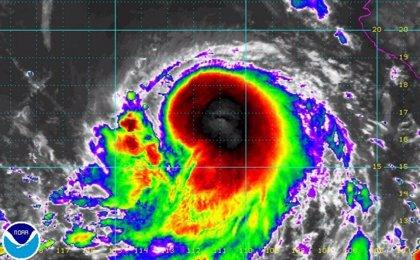 La tormenta tropical Estelle podría evolucionar en huracán de categoría 1