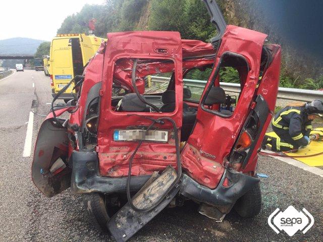 Accidente de tráfico en Valdés