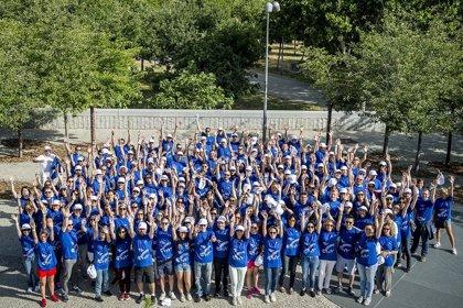 Roche recauda fondos con su marcha solidaria para proyectos infantiles solidarios