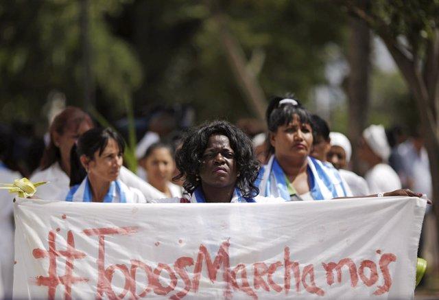 La sede de las Damas de Blanco es atacada a pedradas por las brigadas policiales