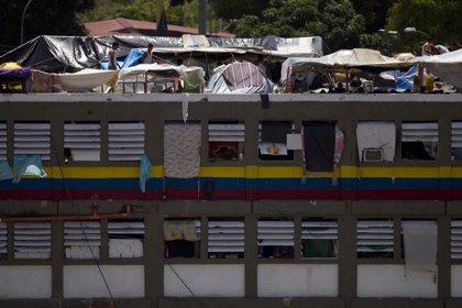 Venezuela prohíbe el uso de teléfonos móviles e Internet en las cárceles