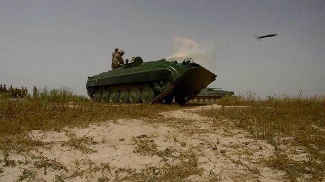 Militares españoles entrenan a las tropas iraquíes de la 35 Brigada Acorazada
