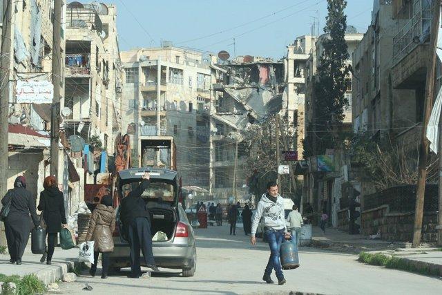 Un barrio de Alepo, Siria, destrozado por los bombardeos y los ataques