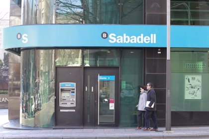 Banco Sabadell registra un beneficio de 425,3 millones hasta junio, un 20,7% más