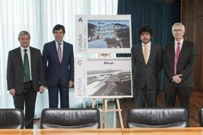 Sacyr conmemora la ampliación del Canal de Panamá con un sello postal personalizado