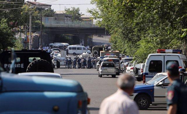 Asalto a una comisaría en Ereván, capital de Armenia