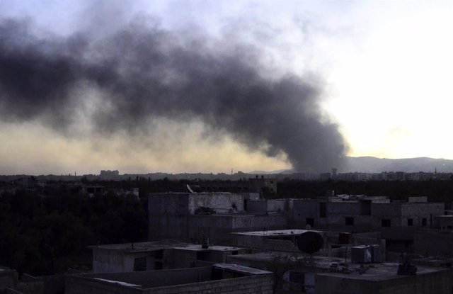Una columna de humo en Damasco