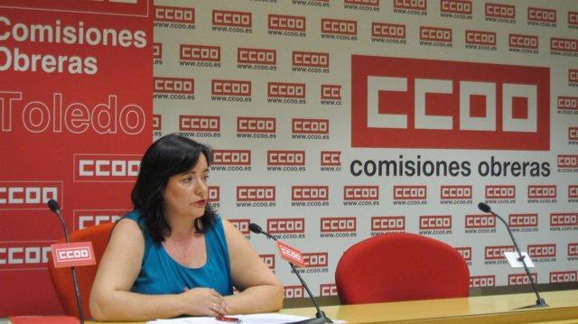 La responsable de CCOO en rueda de prensa