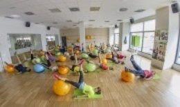 Realizando ejercicio en el gimnasio.