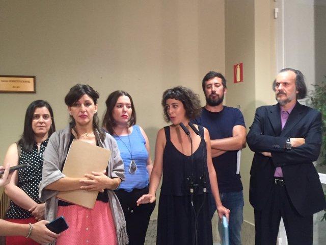 Alexandra Fernández, Yolanda Díez y los diputados de En Marea