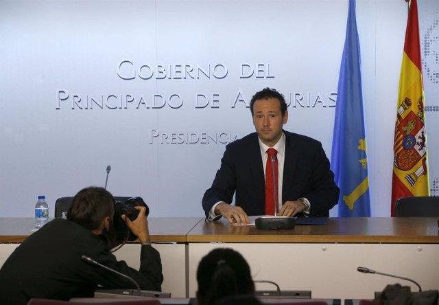 Guillermo Martínez en rueda de prensa.