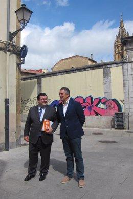 Los concejales de Ciudadanos Oviedo, Luis Pacho y Luis Zaragoza.