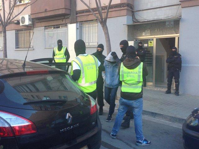 Cuatro detenidos por presunto yihadismo en Badalona