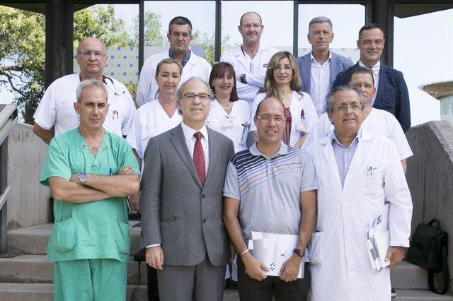 Imagen del equipo y los participantes en la rueda de prensa sobre trasplantes