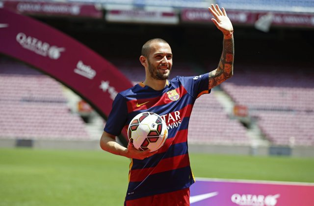 Aleix Vidal presentado con el FC Barcelona