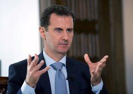 """Al Assad dice que hay una amnistía en vigor para los """"terroristas"""" que depongan las armas"""