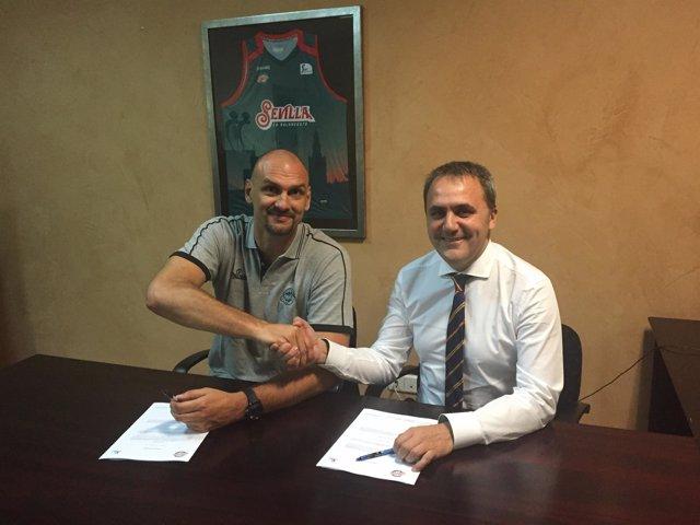Zan Tabak, técnico del nuevo Baloncesto Sevilla