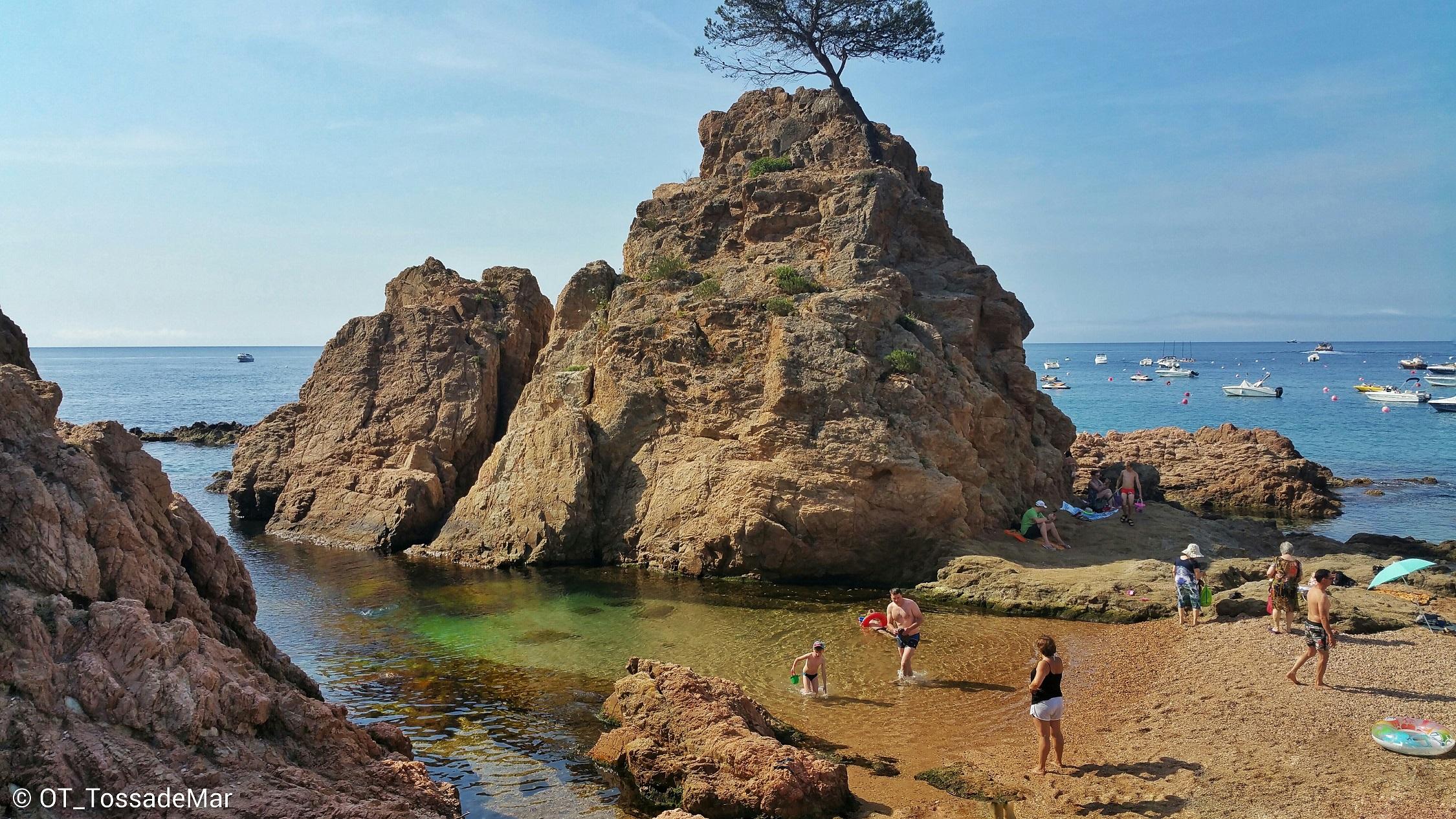 Siete calas mediterráneas en las que perderse este verano