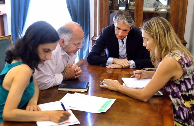 Santander cede una vivienda municipal a Stop Desahucios