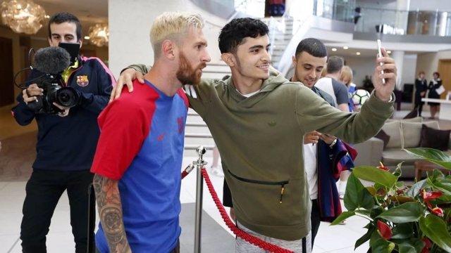 Leo Messi aeropuerto Barcelona