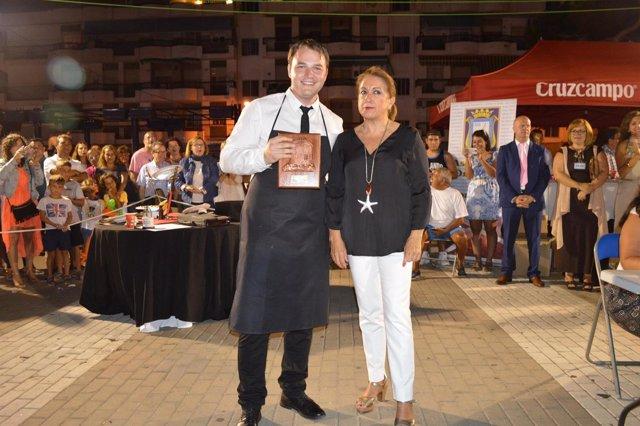 Alexandru Irimea vencedor en el IV concurso de cortadores de jamón en Punta
