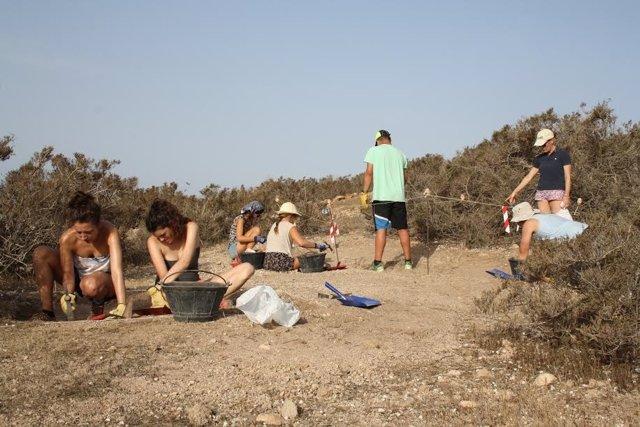 Campo de trabajo de jóvenes en Islas Chafarinas
