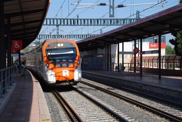 Rodalies de Catalunya / Cercanías . Estación de Rubí