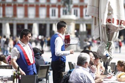 Sólo la mitad de los negocios de hostelería forma a sus trabajadores en riesgos laborales