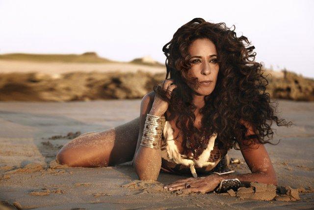 La cantante Rosario Flores