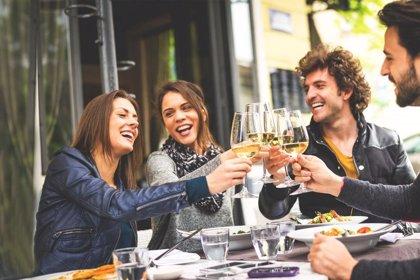 Los jóvenes prefieren la calidad al precio a la hora de comprar un vino