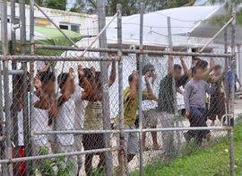 Papúa Nueva Guinea ordena al Gobierno australiano a redistribuir a los refugiados de Manus