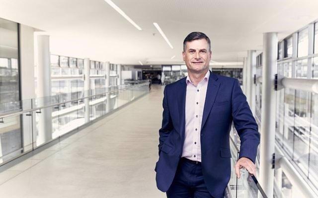 Ronan Dunne, presidente de Verizon Wireless