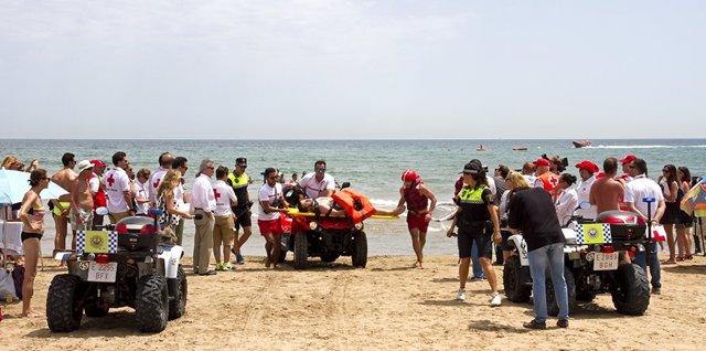 Rescate en una playa de Valencia