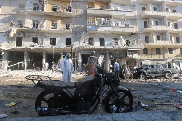 Consecuencias de un atentado en la ciudad siria de Alepo