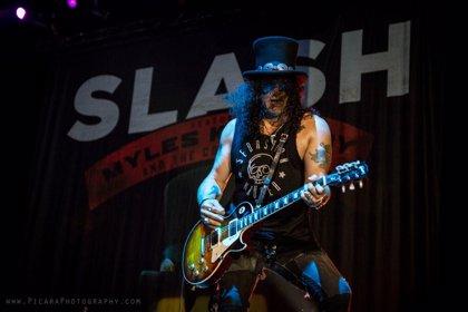 ¿Estuvo Slash cerca de entrar en The Stone Roses tras salir de Guns n' Roses?