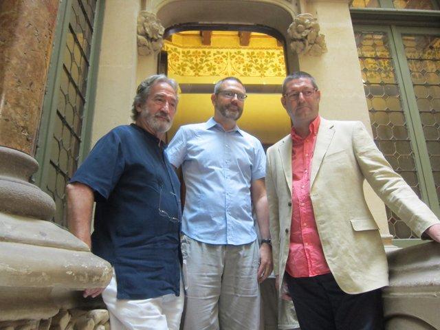 El viologambista J.Savall, el dtor. Del IRL M.Forcano y el alcalde S.Güell