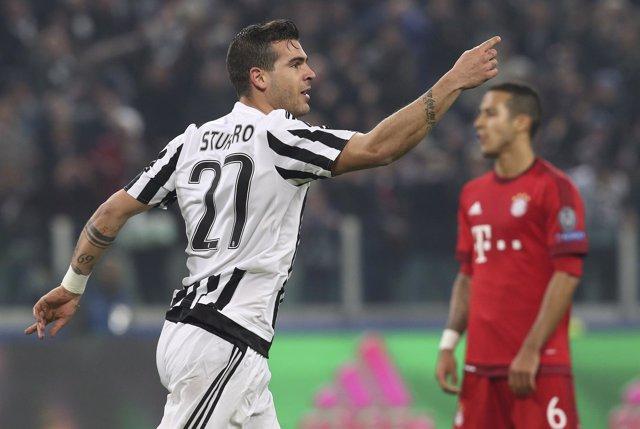Stefano Sturaro celebra un gol con la Juventus