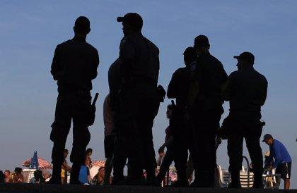 Brasil.- La Policía usa gases lacrimógenos en una protesta en Río de Janeiro