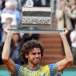 Kuerten se despide de su carrera en Roland Garros
