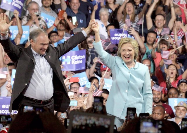 Tim Kaine con Hillary Clinton