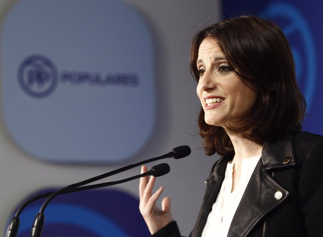 Andrea Levy en rueda de prensa
