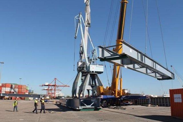 Las piezas que se han transportado a Cardiff para la estructura de un viaducto